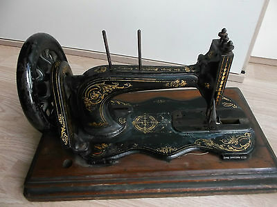 Antique Vintage Rare Old Year 1873 SINGER SEWING MACHINE Hand Crank MODEL 12