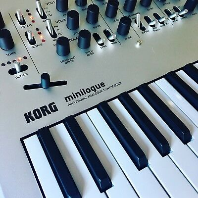 Korg Minilogue, Polyphonic Analogue Synthesizer, Wie Neu!