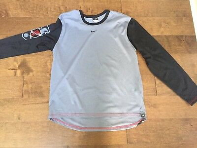 Nike Dri Fit Men's Long Sleeve Shirt with Dragon Soccer Logo Gray/Black Size M