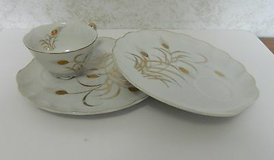 Lefton China Snack Sets Patio Sets Gold Wheat Pattern 2 Plates 1 Cup Gold Trim