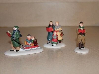 """Dept. 56 Accessory """"Caroling Thru the City"""" 56.55484 Heritage Village Collection"""