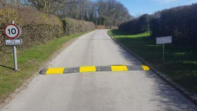 Speed Hump Kit - Speed Ramp - (500mmx4m) - Complete Kit Inc End Caps & Fixings