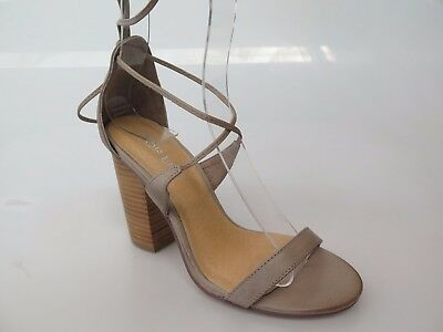 Top End - new ladies leather sandal size 37 #44