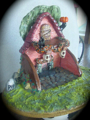 Wee Town Miniatures~Haunted House Display~Fit Wee Forest Folk~Limited Edition
