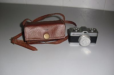 Vew Finder Camera - Meopta Mikroma I Black. Ann0 1949.con Custodia