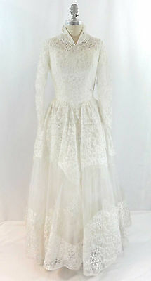 Vtg. 50s Chantilly Lace Wedding Dress Sequins Hanky Hem Rockabilly Princess Sz 4