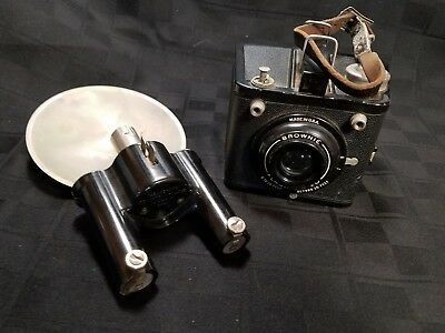 Vintage Kodak Brownie SIX-20 Flash Box Film Camera