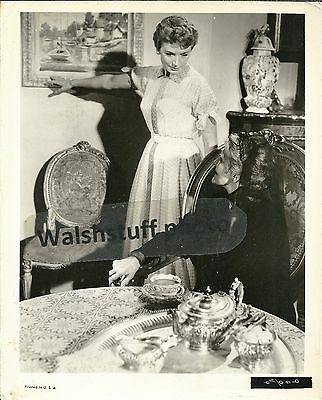 Deborah Kerr In Scene Of Unknown Film 8x10 B&W Photo