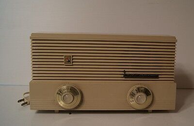 Vintage SYMPONIC AM Tube Radio
