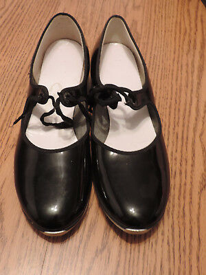 Tap shoes- *Used* good condition. Womans De Luco 8 N