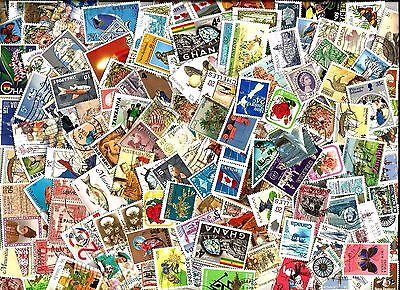100 COMMONWEALTH STAMPS section kiloware100 different off paper good used