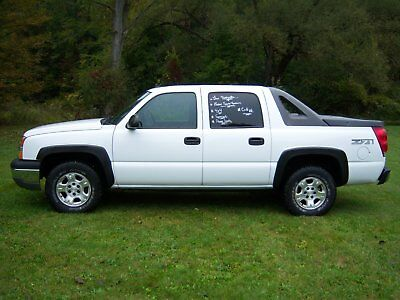 2004 Chevrolet Avalanche  2004 Chevy Avalanche, Low 91k Miles, Sun Roof, Clean Frame,