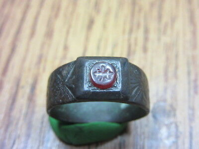 Ancient bronze Roman ring*VERY RARE* Bee.
