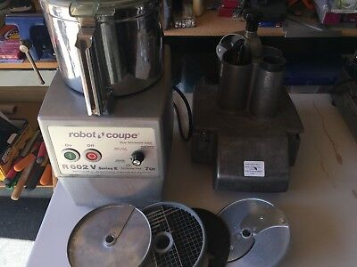Robot Coupe R602V Series E Food Processor / Used