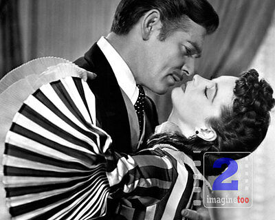 """Clark Gable - Vivien Leigh Gone with the Wind 10""""x 8"""" B&W PHOTO REPRINT"""