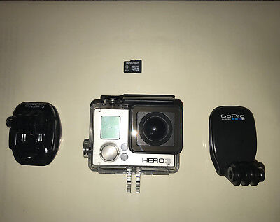 GoPro HERO3 White Edition 16 MB Camcorder -  White (Silver Edition) - 8GB Card