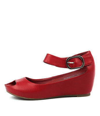 New I Love Billy Tindol Red Womens Shoes Casual Sandals Heeled