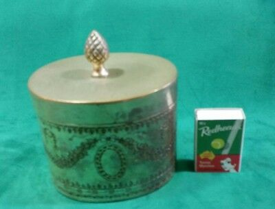 Silver Oval container with lid
