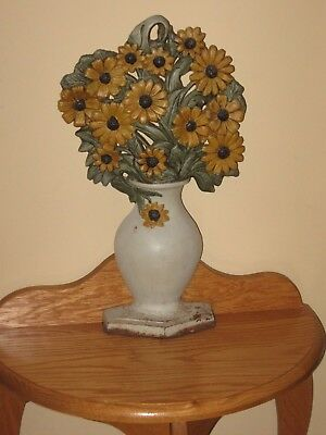 """Vintage Estate 17"""" Tall Cast Iron Daisy Daisies Flowers In A Vase Door Stop"""