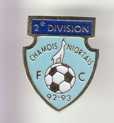 Rare Pins Pin's .. Football Soccer  Club Team Fc Chamois Niortais Niort 79 ~Dm