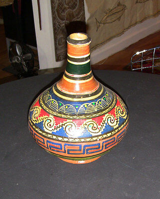 Classic vintage Mexican Pottery vase