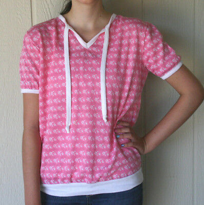 Vintage 80s Women's Top Pink and White Jacquard Knit with Rose Print Casual Code