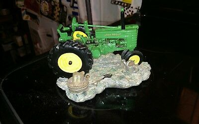 John Deere Table Lamp Light Tractor With Shade ,,man Cave, Childs Room