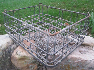"Vintage DIVIDED METAL MILK CRATE HOLDS 30 ONE QUART BOTTLES 18"" x 14"" x 7.5 In."