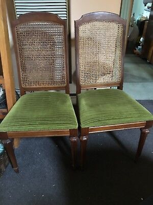 dining chairs with turned legs rattan back