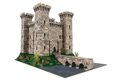 """Constructor Building with real bricks """"Knight's Castle"""". Model building kit."""