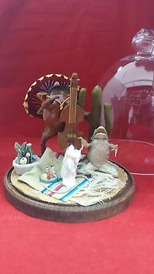 """Sale! Taxidermy Mice And Frogs """"mexican Honeymoon"""" Glass Dome Display-Oddity"""