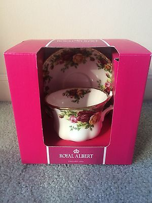 ROYAL ALBERT Old Country Roses Cup and Saucer BNIB