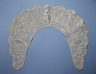 Antique Irish Carrickmacross Lace Collar c1890s