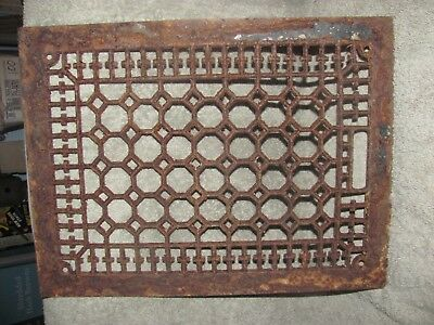 Ornate Cast Iron Register Grate! 15 3/4 X 12!!  Old Salvage!!