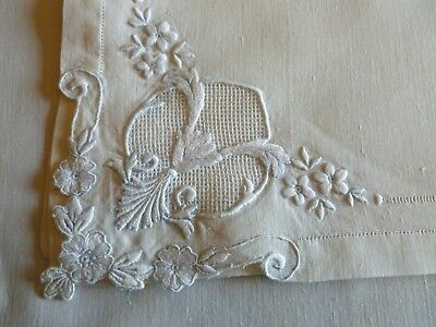 Fine  Antique MADEIRA Style Linen Napkins Hand Embroidery Appenzell