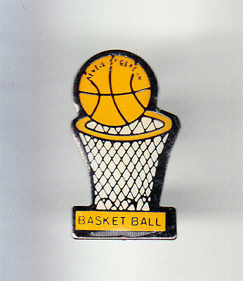 Rare Pins Pin's .. Sport Basket Ball Club Team Reveil St Gereon Ancenis 44 ~Cq