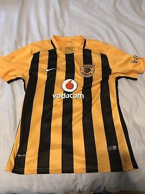 Kaizer Chiefs Football Shirt SMALL