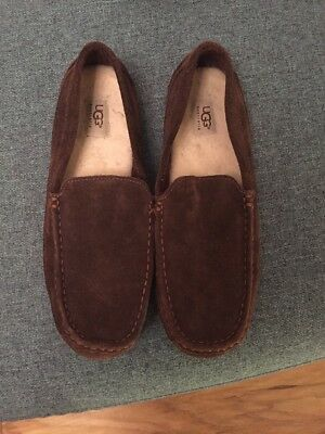 Mens UGG Slippers Size 7
