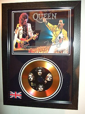 Queen    Signed Framed Gold Disc   Display(26)