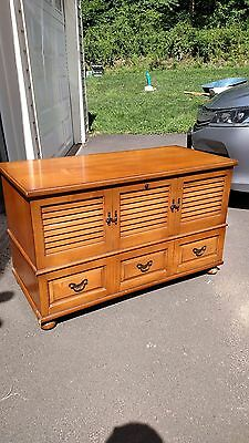 Vintage 1967 Lane Cedar Chest Nice Condition Ct Pickup Only
