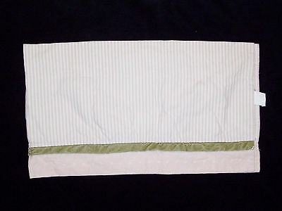 Wendy Bellissimo Vintage Teaberry Window Valance