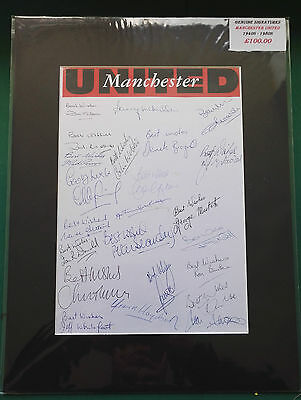 1940's - 1980's MANCHESTER UNITED FOOTBALLERS SIGNED DISPLAY x 23 LEGENDS - RARE