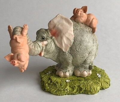 Pigs piglet Piggy playing with Elephant Sculpture Figurine Statue Animal Italy