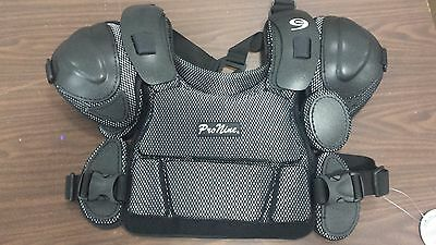 Pro9 Umpire Chest Protector--Large 14Inch