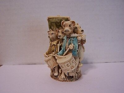 """Harmony Kingdom """"Lord of the Aisles"""" 2001 Previously Displayed - Signed"""