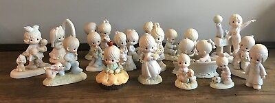 Precious Moments Lot Of 17 Figurines