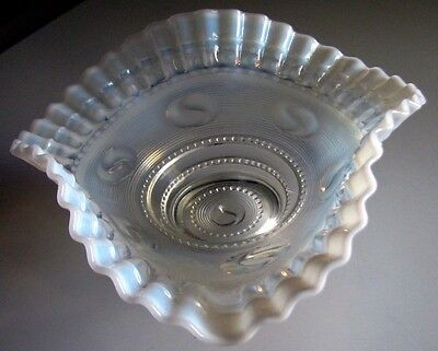 ASTRO Opalescent Ruffled Crimped Bowl*Jefferson 1904