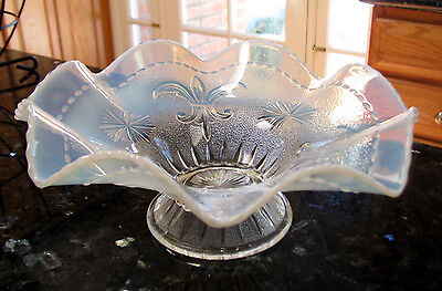 Scarce Northwood SIR LANCELOT Victorian Fleur-de-Lis opalescent glass bowl EAPG