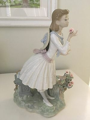 Retired Lladro Aroma Exquisito #1313 School Girl with Flower *RARE*- 1974 w/box