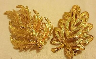 Vintage Brooch Pin Gold Tone Leaf Set of two gorgeous